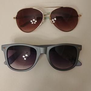 Accessories - Two blue Sunglasses